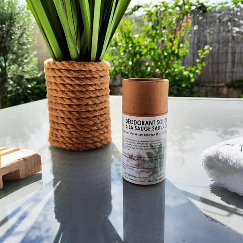 10 savons Le Castillan avec un porte-savon en forme de feuille en bois d'érable